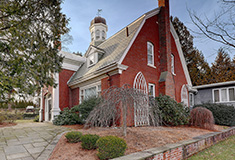 Residential Properties Ltd. sells historic William Mauran House for $1.345 million