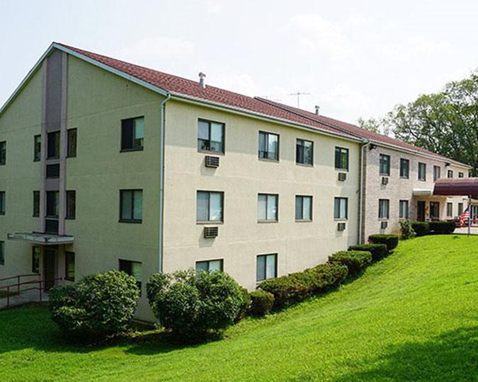 Hunt Real Estate Capital provides $7.83 million to refinance 75-unit property