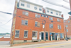 Choate and Ward of Colliers International sell 8,262 s/f mixed-use for $3.7 million