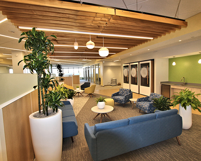 Interstate Electrical completes the renovation of the Unum group's offices