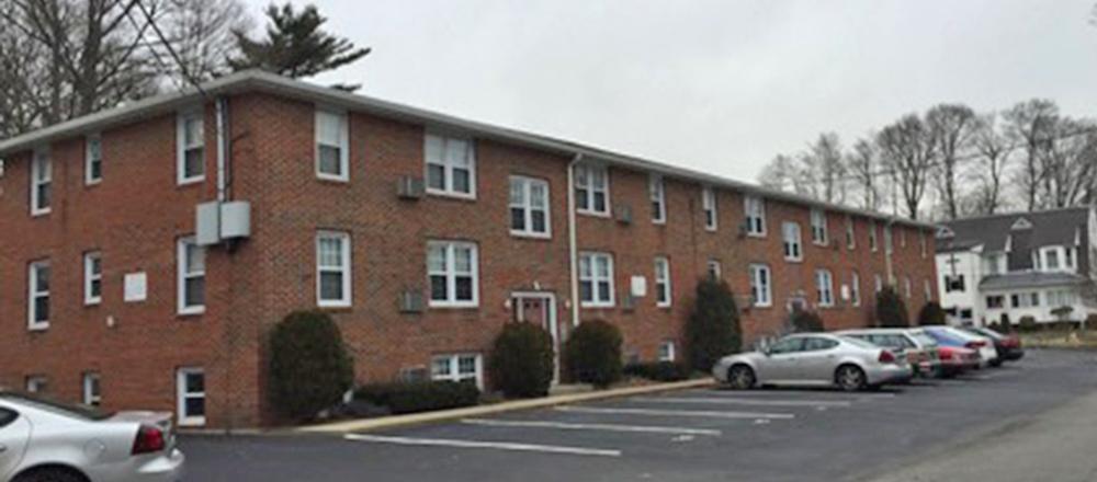 Slyman Of New England Apartment Group Brokers 1 215 Million Princeton Apartments