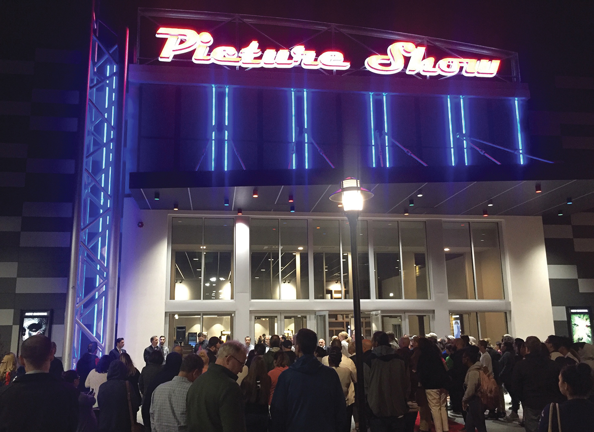 Picture Show Entertainment opens 6,6 s/f movie theater : NEREJ