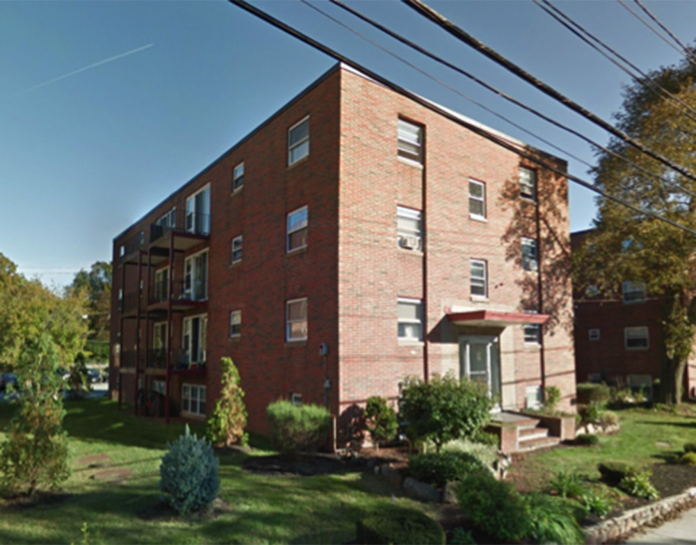 Cornerstone Realty Capital arranged $7.5 million in financing for the refinance of four apartment buildings