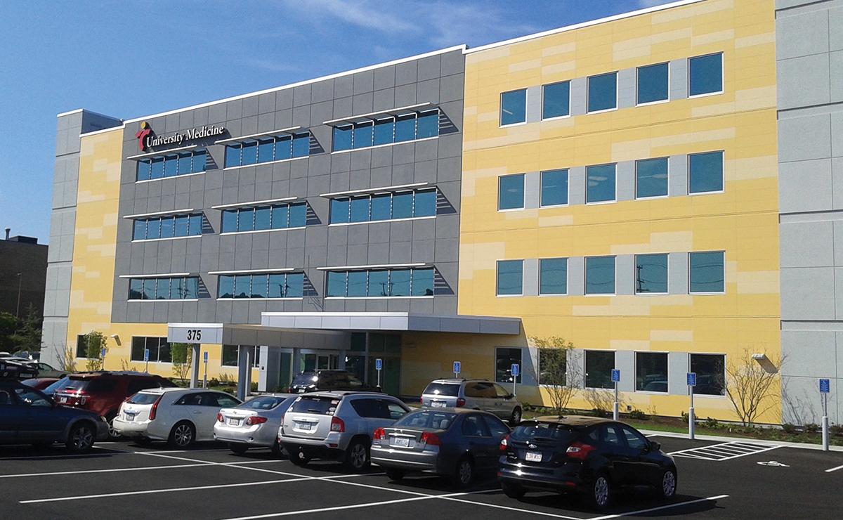 Technology Management Image: LeRoux Of Link Real Estate Completes $20.251 Million Sale