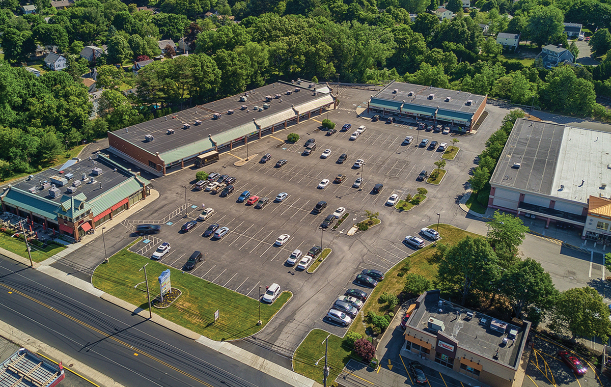 The Mega Group secures two leases totaling 3,080 s/f at Commodore Plaza