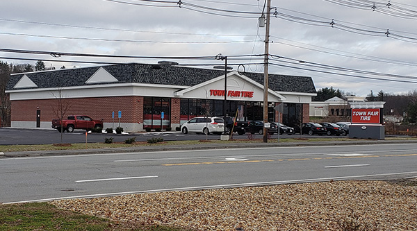 Northeast Retail Leasing Management Company Leases 7 100 S F To