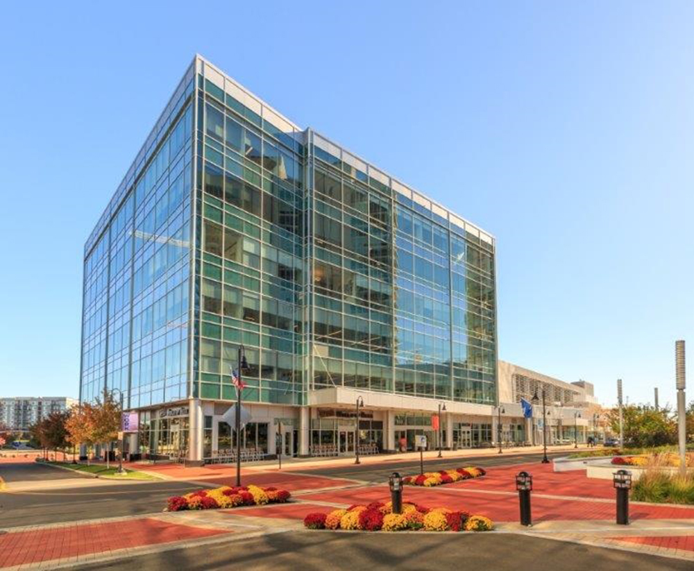 Isaacs and Reilly of CBRE represent SpringWorks Therapeutics in 23,919 s/f lease at 2 Harbor Point Sq.