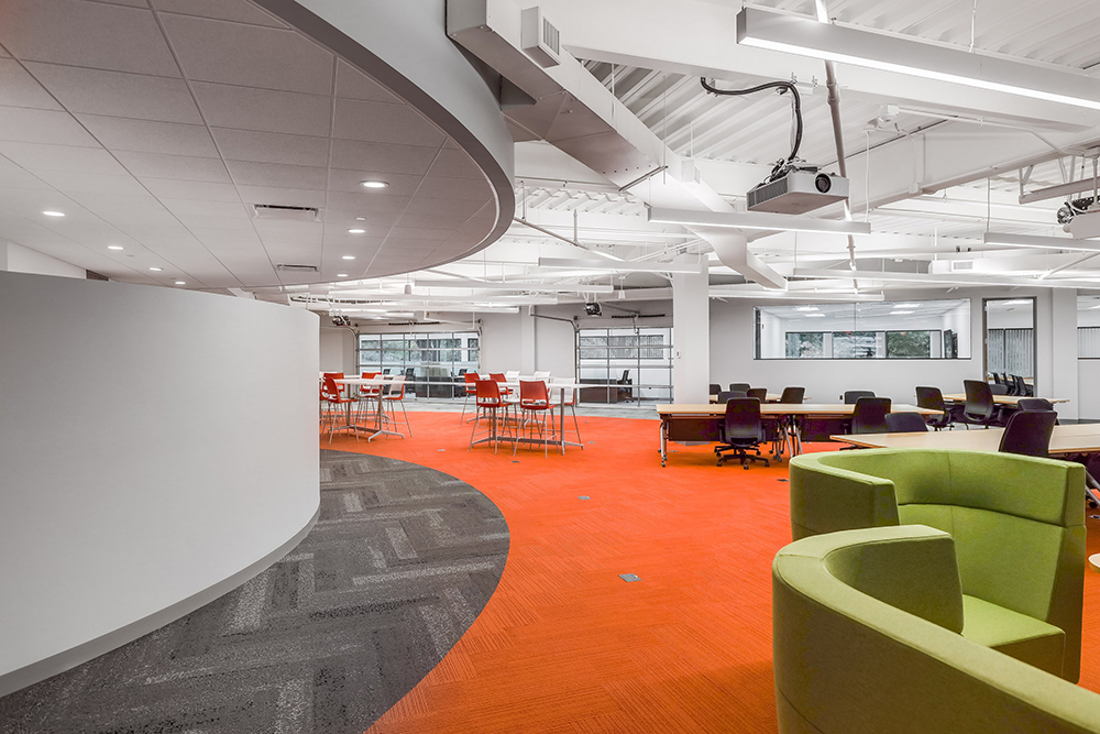 Vantage completes build-out for UMass Lowell Research Institute