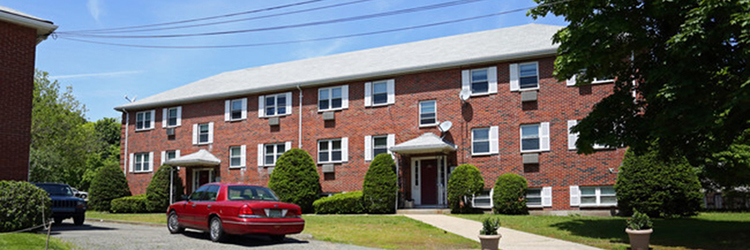 Griffith, Pepdjonovic and Buckley of Marcus & Millichap broker $5.125 million sale of two apartment buildings