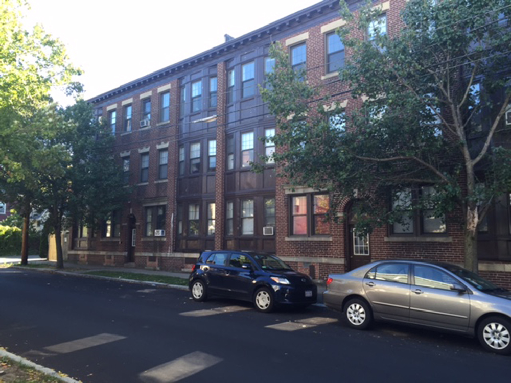 Goldberg of Goldberg Properties completes $3 million purchase of a 16,883 s/f complex