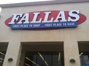 Fallas Springfield Plaza - Springfield, MA