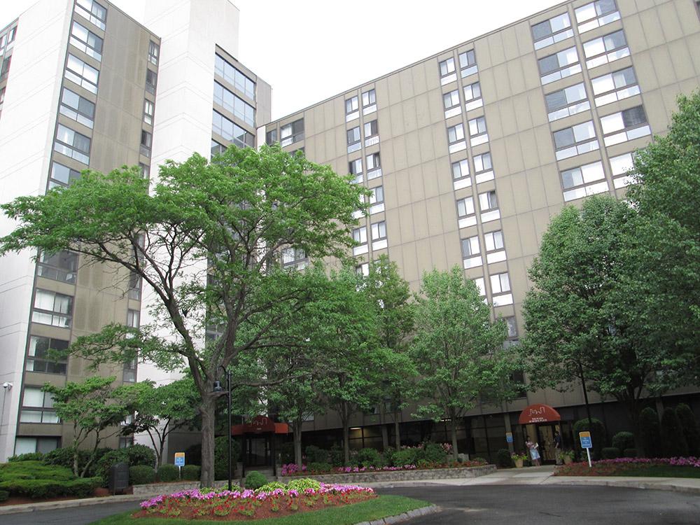 Rockport Mortgage arranges $55 million refinance of Mystic Place Apartments