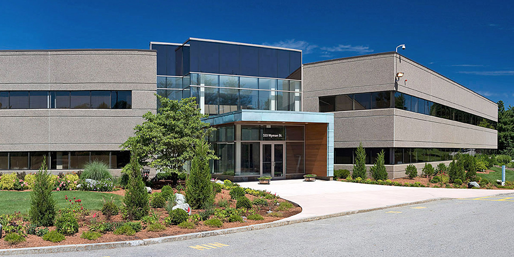 Dacon completes OMNI's 40,000 s/f headquarters building in Raynham Woods Commerce Center